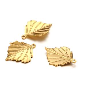 50pcs / lot 17 * 13mm Paslanmaz çelik Maple Leaf kolye Charms Fit Kolye El Yapımı Yapraklar kolye DIY Takı Yapımı