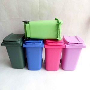 Boca grande Juguetes Mini papelera de reciclaje portalápices Can Caja de la tabla de la pluma de plástico de almacenamiento de escritorio Cubo misceláneas del organizador Herramientas 5 colores regalo