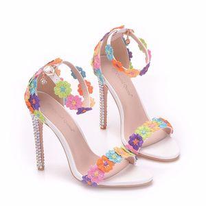 새로운 여름 AB 크리스탈 오픈 발가락 신발 여자 슈퍼 하이힐 패션 멀티 꽃 스틸레토 힐 웨딩 신발 발목 스트립 신부 샌들