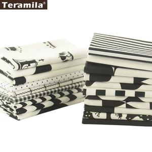 Tela de algodón Teramila Acolchado Charm Packs Fat Quarter Meter 20 Diseños Color blanco y negro Costura Textil Ropa Tejido