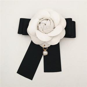 6.5cm White Camelia Flower Brooch Women Camellia Brooches Pins  Pearl Pendant White Flower Brooch Pin For Wedding
