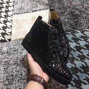 Famous Brand Men's Spikes Patent Leather Red Bottom Luxury Women's Sneaker Rivets Walking Flats Luxury Designer Casual Walking