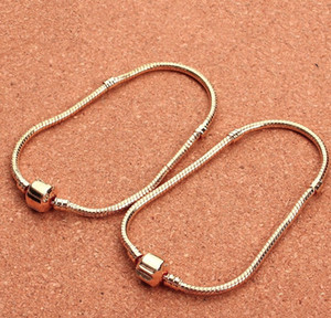 2018 Nouvelle plaque originale d'or Fill petit trou Perles charme Cruciani Bracelets pour les femmes Fit Bracelet Europe Charms roun bricolage bijoux à la mode