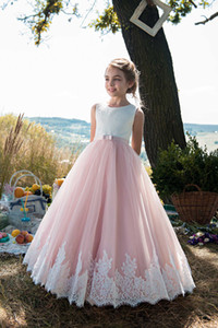 Blush Pink Flower Girls Dresses 2018 Jewel Neck Lace Appliques Tulle 2-Tones Girl Formal Wear Dress Full Length Lace Up Back Custom Made