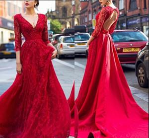 Atemberaubende Red Abendkleider mit 3/4 langen Ärmeln Open Back Satin Spitze Appliques eine Linie Sicke tiefe formale Frauen Abendkleider
