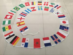 Banderas colgantes de la Copa Mundial de Rusia 2018 8 # 14 * 21 cm banderas nacionales del mundo pequeño cadena 32 condados bandera para la fiesta decoración del festival bandera