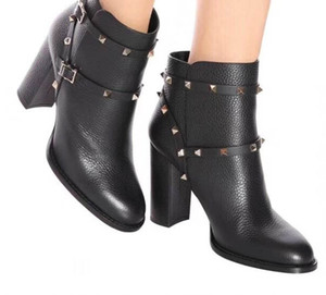 Diseñador único Fashion Heels Female t show botas de charol de tacón alto para mujer T Show Party Booties35-41