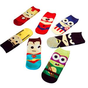 10 paires / 1 lot Hommes Chaussettes Cute Cartoon Imprimer 3D Superheroes Socquettes d'été Femmes nouveauté drôle heureux caractère Coton Sokken