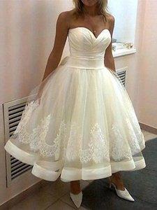 Elfenbein kurze Brautkleider bodenlangen Schatz trägerlosen Spitze Applikationen geraffte Satin Tüll eine Linie elegante Brautkleider Roben de mariée
