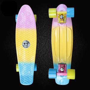 Nueva 22 pulgadas de plástico Mini Cruiser Skateboard Long Board Banana Retro Skate Longboard gráfico impreso vespa de los niños PN11