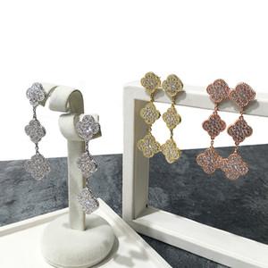 2021 Marca Vendita calda in rame placcato oro luccicante quattro foglia trifoglio tre fiori full diamante orecchini tricolore orecchini donne orecchini regalo