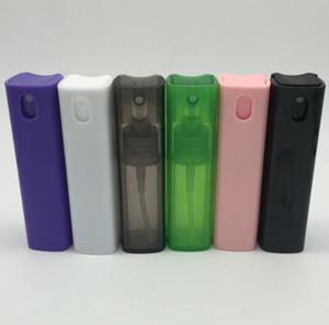 Bouteille en aérosol de forme carrée Bouteille en aérosol en plastique de 0,35 oz / 10 ml avec pompes à atomiseur Bouteilles de vaporisation cosmétique