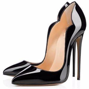 2017 IRed Bottom Cymn Noir Bout Pointu Extrême Talons Hauts Stiletto Femmes Pompes Robe De Noce Chaussures Noir Pompes Talons Cloutés