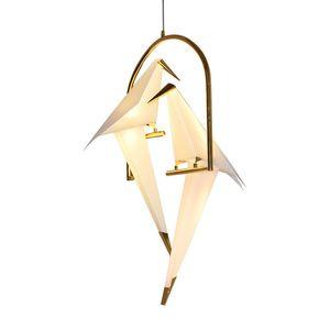 Lâmpada moderna do Tabel da luz do candelabro do metal do guindaste do papel para a sala de visitas do restaurante Sala de jantar Quarto das crianças Lâmpada do pendente do projeto do pássaro do diodo emissor de luz