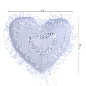 Forma de corazón Cristales Blancos Anillo Nupcial Almohada Organza Satén Encaje Portador Flor Rosa Almohadas Suministros de Boda Nupcial