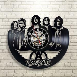 Aerosmith Art Vinyl Record Horloge Décoration murale Home Design Les meilleurs cadeaux pour des amis (Taille: 12 pouces Couleur: Noir)