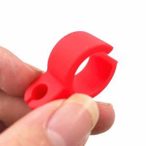 Yeni parmak silikon sigara halka tutucu Kauçuk Ortak Tutucu Halka düzenli boyutu Sigara Araçları aksesuarları Hediye Adam Kadınlar Için Borular 8 renkler