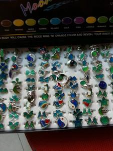 Anillo de ánimo ajustable Corazones Butterflies Stars Moon Cambiar color Anillo de color Diseño de mezcla