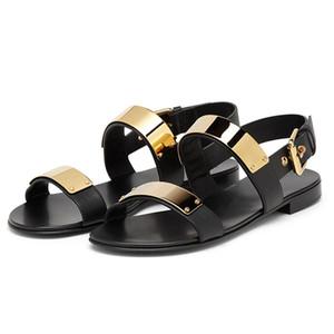 Chaussures de plage anti-dérapant pour hommes de mode décoration en métal sandales plates marée pantoufles en cuir décontracté homme gladiateur sandales EU38-EU46