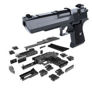 DIY строительные блоки игрушечный пистолет Desert Eagle Ассамблеи Игрушка Мозг игры Модель может сгореть Пули (маш) с Инструкцией книги
