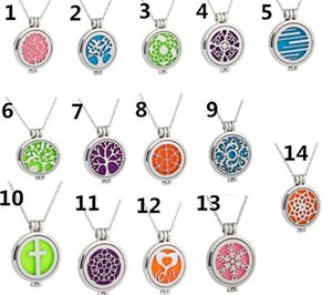 Glow in the Dark Parfum Aromatherapy Huile essentielle Diffuseur collier médaillon médaillon Tree of Life Pendentifs coeur amour R198