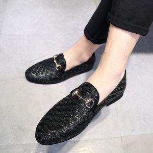 M-anxiu Homens Clássicos Do Casamento Sapatos de Couro Genuíno Negócio Apontou Toe Clube Sapatos Casuais Loafer Plana