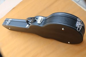 Electric guitar hard case and guitar mailed together, not sold separately.