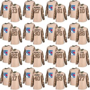 Pratique de la Journée des vétérans de Jersey des Rangers de New York 27 Ryan McDonagh 30 Henrik Lundqvist 36 Mats Zuccarello 61 Rick Nash 93 Mika Zibanejad Chandails