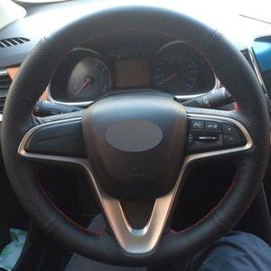 Cubierta del volante del coche de bricolaje de cuero genuino negro para Chevrolet Sail 2015-2017 Lova Aveo 2016 2017 Cavalier 2016 2017