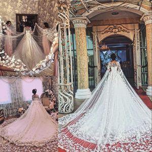 Ravishing due metro a manica lunga Abito da sposa Jewel collo collane Applique floreale cappella treno 3D Dress Bridal Fashion Dubai principessa Wedding Dres