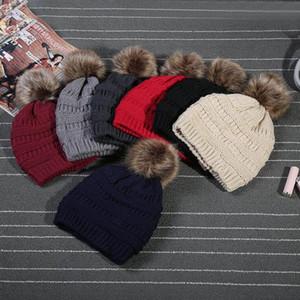 Trendy Hüte Winter-Strick-Wollmütze Aufkleber Fedora Kabel Slouchy Caps Schädel Freizeit Beanies im Freien Hut 9 Farben L-OA2777