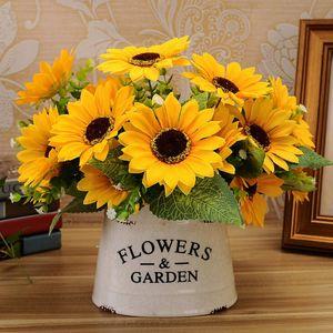 Doux Tournesols Artificiels 1 Bouquet 7 Têtes Tournesols Décorations Bouquet de Fleur de Soie Tournesol Décoration de Table Décoration de La Maison