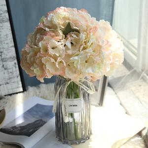 LIN HOMBRE Hortensia de seda Ramo de la novia Flores artificiales boda accesorios de decoración del Año Nuevo para el arreglo floral del florero