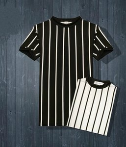 Male black and white striped round collar short sleeved T-shirts summer Korean Edition jacket cotton young Boomer simple bottomless sweater