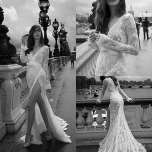 섹시한 2018 높은 스플릿 인어 웨딩 드레스 딥 브이 넥 뒤로없는 긴 소매 레이스 Appliqued 플러스 사이즈 신부 가운