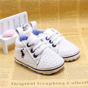 봄과 가을 아기 신발 화이트 컬러 PU 가죽 캐주얼 신생아 소년 irst 워커 신발 유아 Prewalker 신발