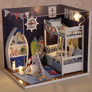 Maison de poupée Meubles Miniature DIY Dollhouses En Bois Mini Maison Pour Poupée À La Main Jouets Pour Enfants Filles Garçons Cadeaux D'anniversaire