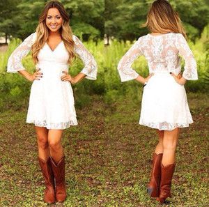 Modest Short Lace Cowgirls Country Wedding Dresses with 3 4 Long Sleeves Mini Bridal Gowns Reception Dress for Wedding