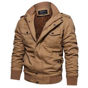 2018 invierno caliente táctico chaqueta de los hombres del Ejército de carga Piloto Parkas Coats térmica Bombardero Espesar Fleece Liner chaquetas 4XL 5XL
