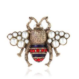 Crystal Clothing Brooch Retro Cute Bee Pearl Pin lega spilla pietra preziosa Europa Stati Uniti Moda Bee spille gioielli donne regali Spot