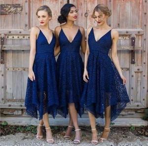 New Country Royal Blue Lace Brautjungfernkleider 2020 mit V-Ausschnitt Backless Tee Länge Mädchen der Ehren Land Bridesmaids Hochzeit Gastkleider BA4085