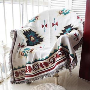 Nuevo diseño de la manta del tiro 90 * 210cm Geometría Sofá decorativo Funda Cobertor en el sofá plano recorrido tela escocesa antideslizantes Costura Mantas
