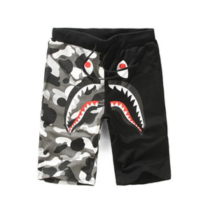 2018 Men's Casual Wear Ape Pants Shark Printing Justin Bieber Camouflage Luminous Shorts Off Men's Casual Pants Five Beach Pants W
