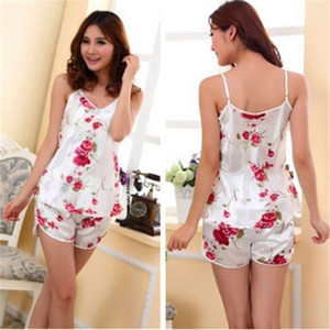 여성 Vetement 팜므 Colothing을위한 여름 섹시한 꽃 잠옷 바지 멜빵 셔츠 + 반바지 홈 속옷 잠옷 가운 세트