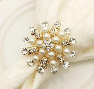 Perla de lujo Diamante Servilleteros Hotel Boda Suministros Servilletero Anillo chapado en oro Diamante Perla Servilleta Hebilla Decoración de escritorio
