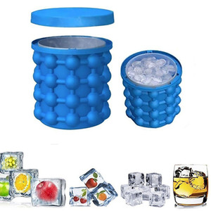 Party Bar Tool Iride Ice Genie Cube Maker Genie The Revolutionary Space Saving Ice Cube Maker Genie Kitchen Tools Ice Buckets Barware