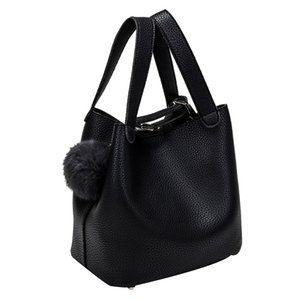 2018 Handbags Women Bags Hairball Pure Color Handbags Cansual Bags good quality Bolsas Feminina