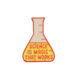 Tamaño pequeño Laboratorio Vaso Esmalte Broches Alfileres Para estudiantes Chaqueta Camisa Mochila Sombrero Insignia Ropa Accesorios Venta al por mayor Joyería Envío de la gota