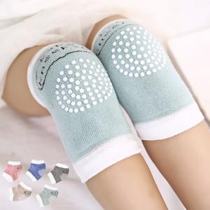 5 couleurs tout-petits genouillères bébé anti-dérapant genouillères infantile rampants safty protection accessoires tricot genouillères tapis C4433