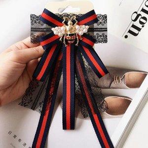 Retro Pérola Esmalte Abelha Broches Gravata Handmade Stripe Lace Bowknot Corpete Estilos Formais Broche Camisa Acessórios Partido Jóias